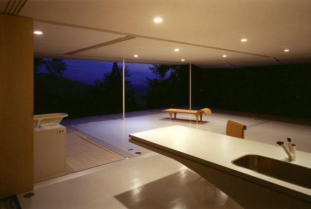 SBA_Wall-Less House