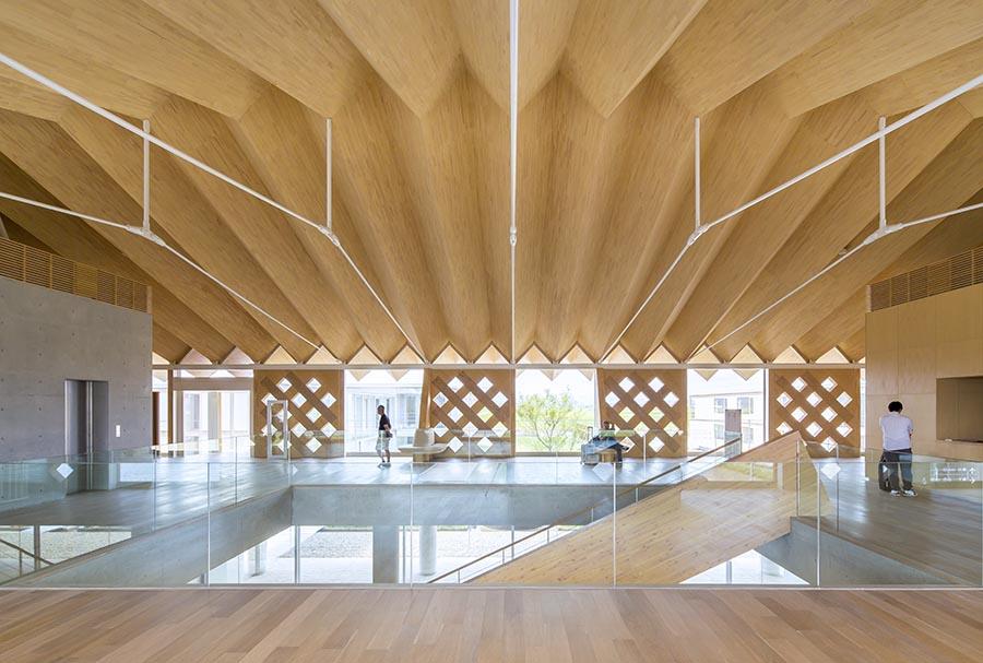 Wood Roof Design